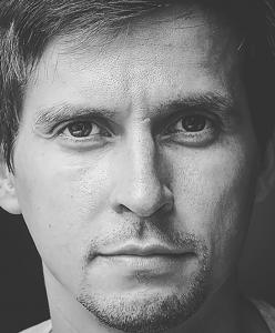 Portrait_Artjom Baranov